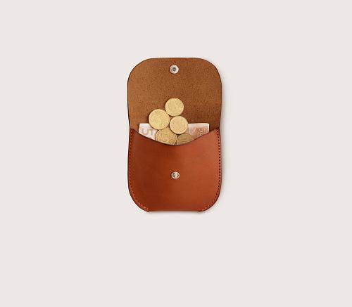 Кожаная монетница CASANIE, цвет коньяк, в раскрытом виде