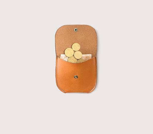 Кожаная монетница CASANIE, цвет рыжий, в раскрытом виде